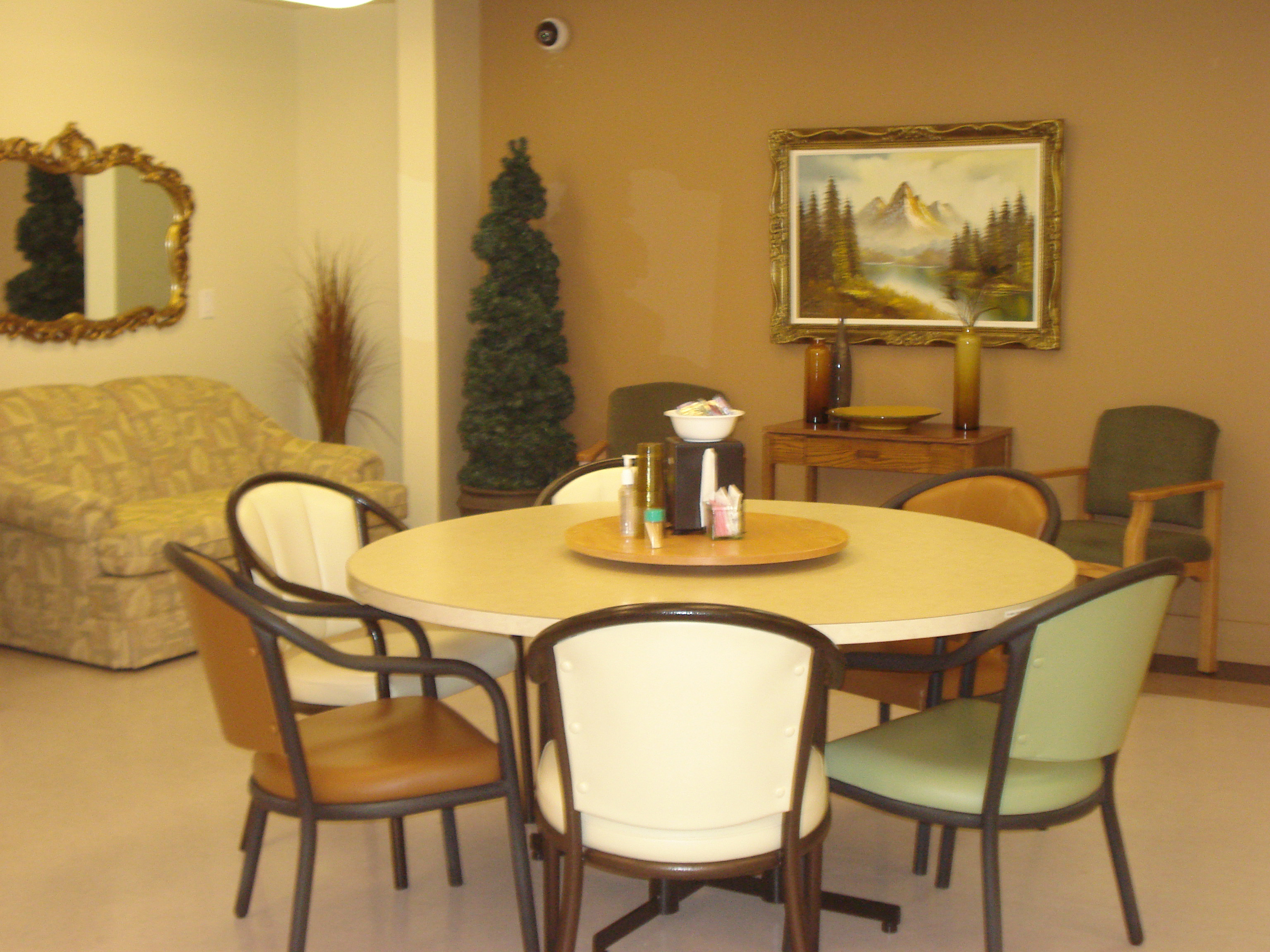 Vialta Dining Room